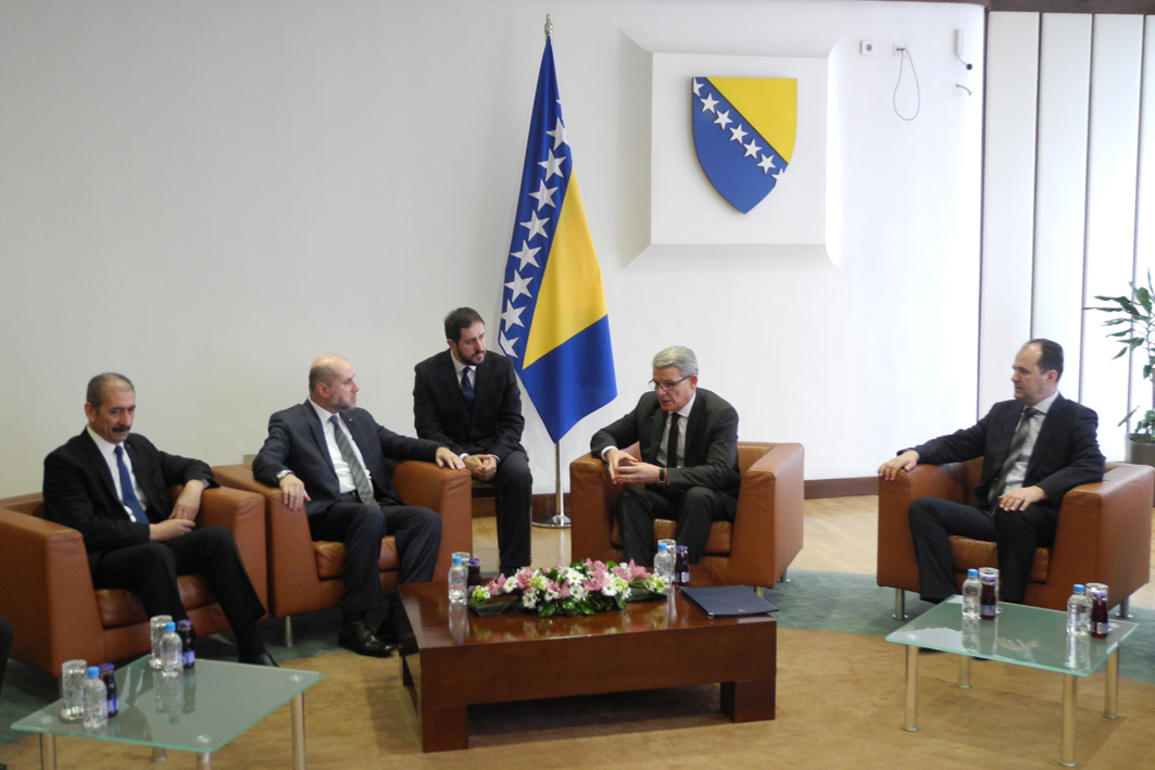 Speaker of the House of Representatives, Mr. Šefik Džaferović and Deputy Speaker of the House of Peoples of the Parliamentary Assembly of Bosnia and Herzegovina, Safet Softić ,talked with the Advisor of Palestinian President