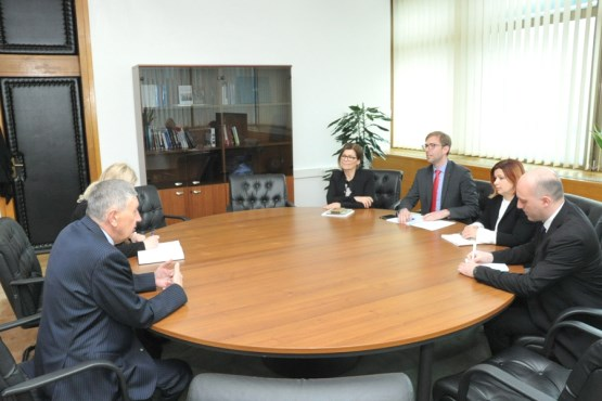 The Deputy Speaker of the House of Representatives, Nebojša Radmanović, speaks with the Delegation of the Republic of Slovenia